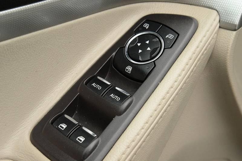 2014 Ford Explorer AWD XLT 4dr SUV - East Greenbush NY