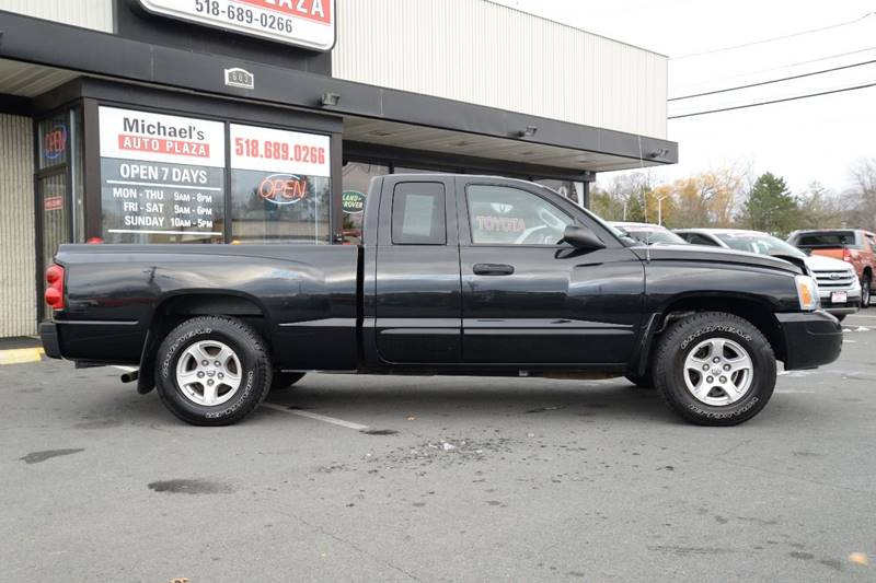 2007 Dodge Dakota SLT 4dr Club Cab 4WD SB - East Greenbush NY