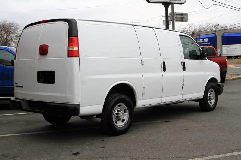 2010 Chevrolet Express Cargo 2500 3dr Cargo Van w/ 1WT - East Greenbush NY