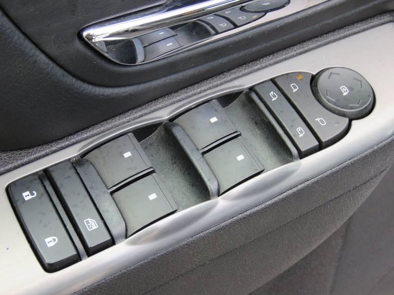 2011 Chevrolet Avalanche 4x4 LT 4dr Crew Cab Pickup - East Greenbush NY