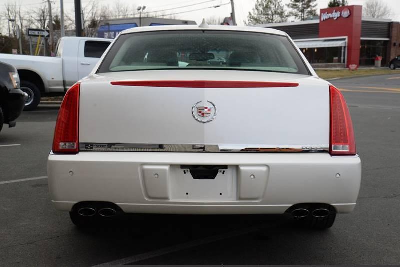 2011 Cadillac DTS Premium Collection 4dr Sedan - East Greenbush NY