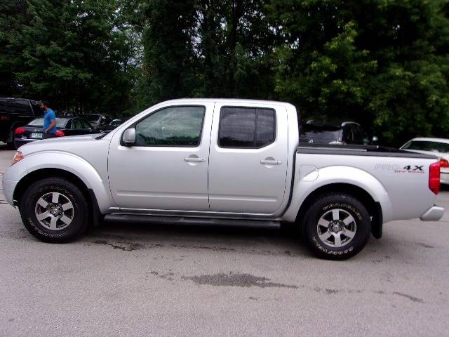 2010 Nissan Frontier 4x4 PRO-4X 4dr Crew Cab SWB Pickup 5A - Manchester NH