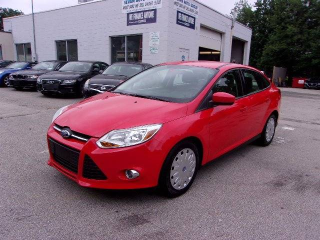 2012 Ford Focus SE 4dr Sedan - Manchester NH