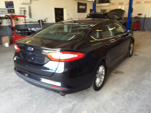 2013 Ford Fusion SE 4dr Sedan - Middleboro MA