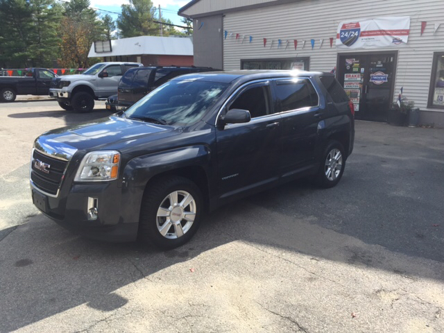 2011 GMC Terrain for sale at Topham Automotive Inc. in Middleboro MA