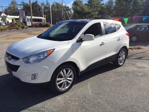 2012 Hyundai Tucson for sale at Topham Automotive Inc. in Middleboro MA