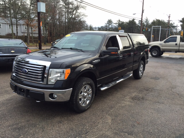 2010 Ford F-150 for sale at Topham Automotive Inc. in Middleboro MA