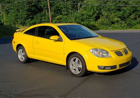 2009 Pontiac G5 for sale at Flying Wheels in Danville NH