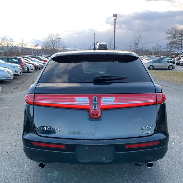 2014 Lincoln MKT Town Car AWD Livery Fleet 4dr Crossover - Rowley MA