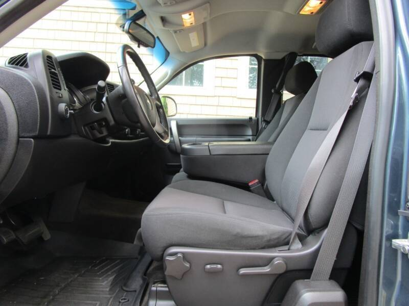 2013 Chevrolet Silverado 1500 4x4 LT 4dr Extended Cab 8 ft. LB - Rowley MA