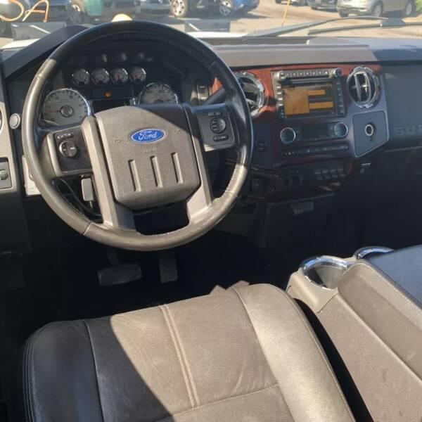 2010 Ford F-350 Super Duty 4x4 Lariat 4dr Crew Cab 8 ft. LB DRW Pickup - Rowley MA