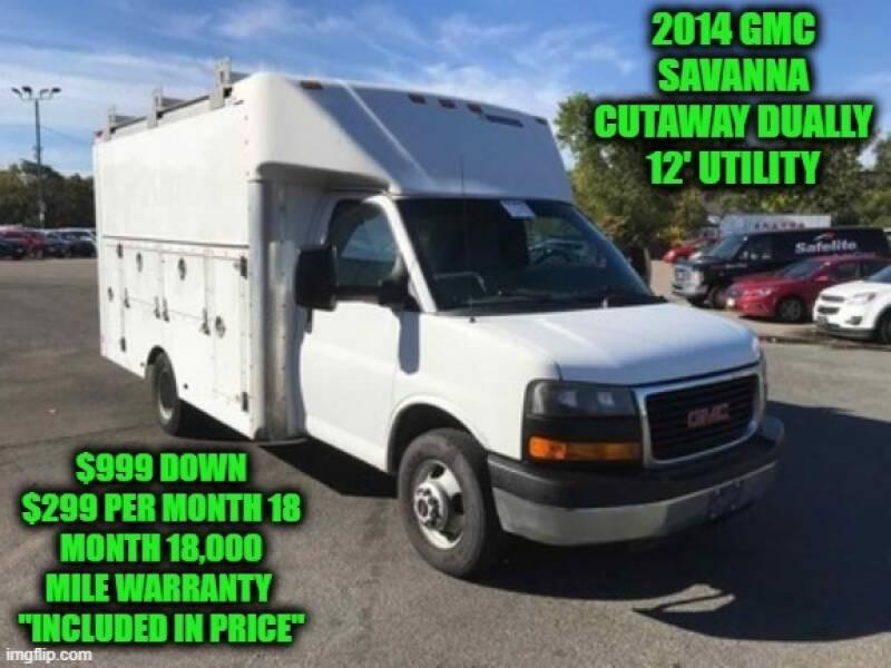 2014 GMC Savana Cutaway 3500 2dr Commercial/Cutaway/Chassis 139 in. WB - Rowley MA