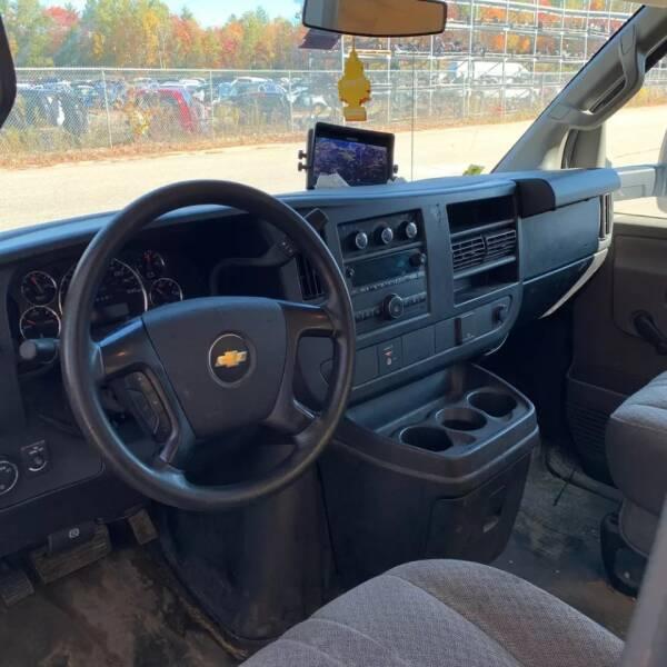 2016 Chevrolet Express Cutaway 3500 2dr 159 in. WB Cutaway Chassis w/1WT - Rowley MA