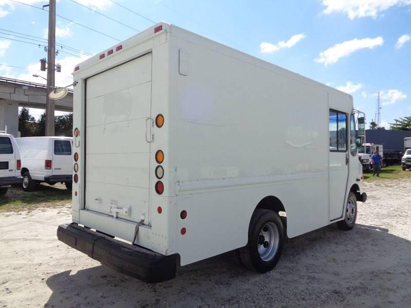 2002 Workhorse P4500 Grumman Olson Step Van In Hialeah FL