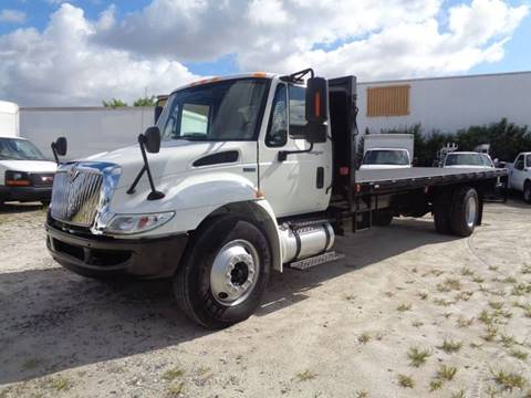 2013 International DuraStar 4300 for sale in Hialeah, FL