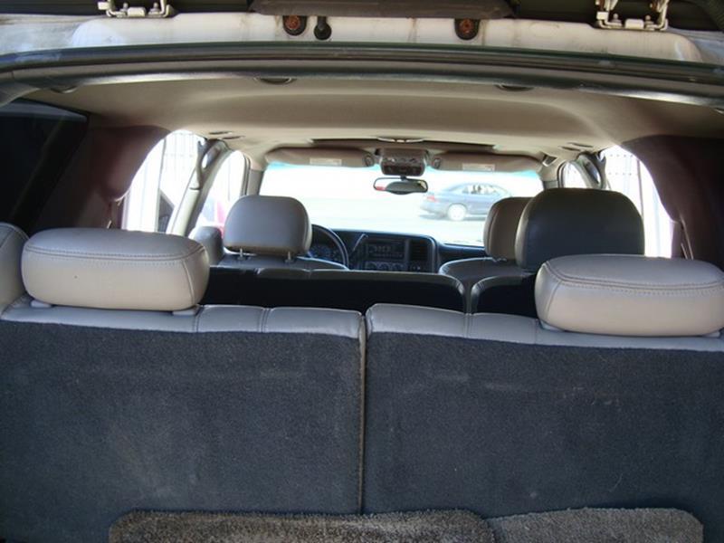 2002 Chevrolet Tahoe LT 4WD 4dr SUV - Detroit MI