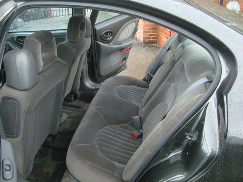 2002 Pontiac Bonneville SE 4dr Sedan - Detroit MI