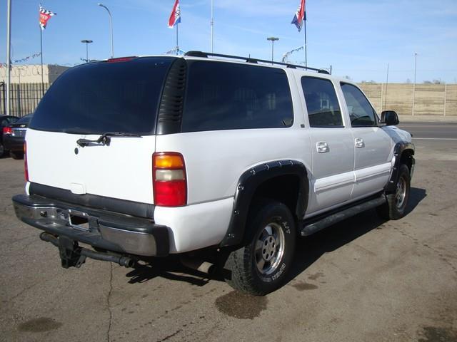 2003 Chevrolet Suburban LT - Detroit MI