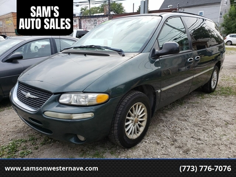 2000 Chrysler Town and Country for sale in Chicago, IL