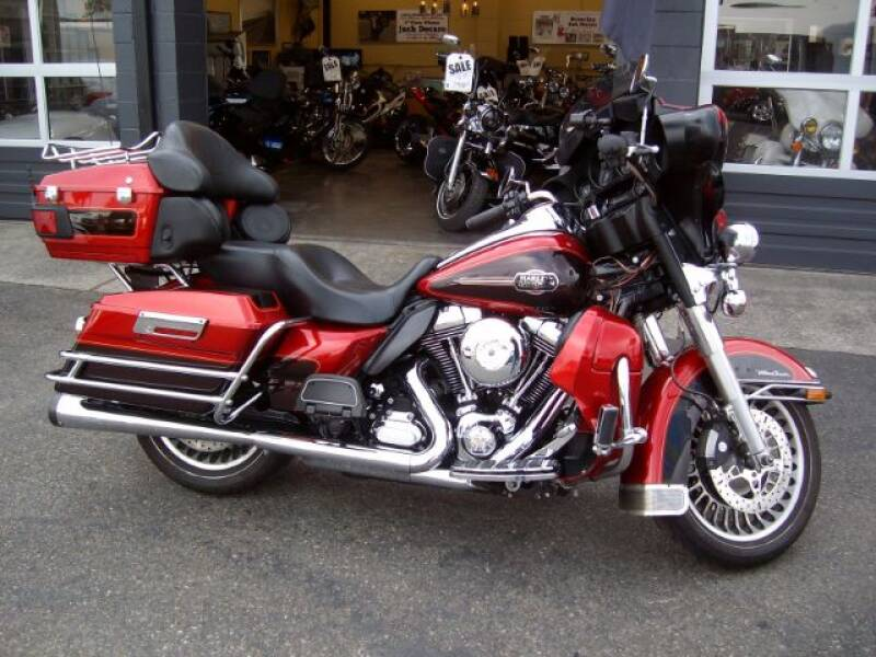 2012 Harley-Davidson FLHTCU for sale at Goodfella's  Motor Company in Tacoma WA