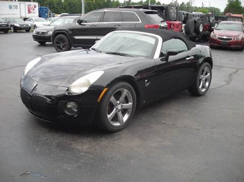 2007 Pontiac Solstice for sale at Cruisin' Auto Sales in Madison IN
