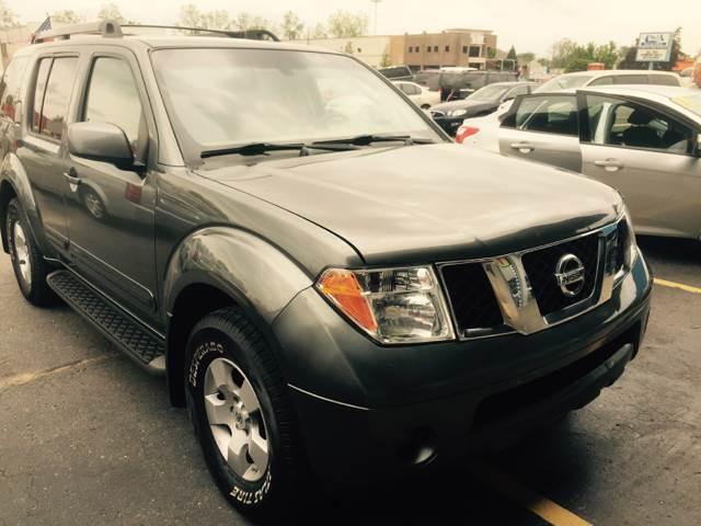 2007 Nissan Pathfinder car for sale in Detroit