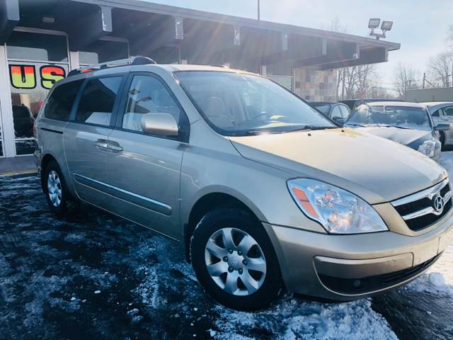 2008 Hyundai Entourage car for sale in Detroit