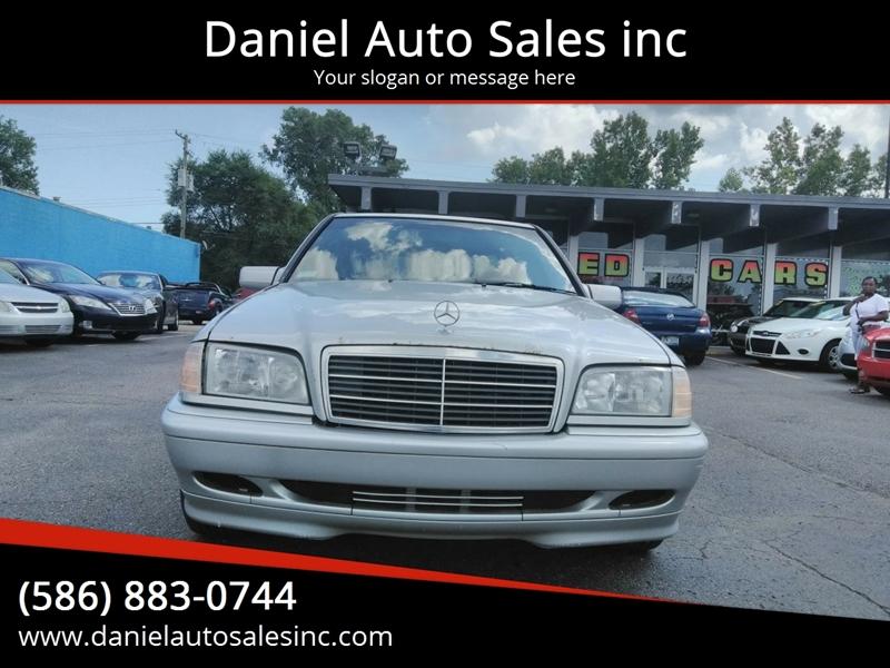2000 Mercedes-Benz C-class car for sale in Detroit