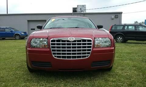 2009 Chrysler 300 for sale in Clinton Township, MI
