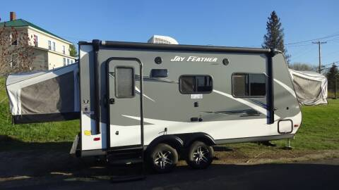 2016 Jay Feather Jayco for sale at MOUNTAIN VIEW AUTO in Lyndonville VT