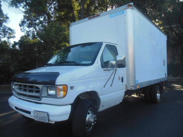 2000 Ford E 450 14ft Box Truck With Tommy Lift