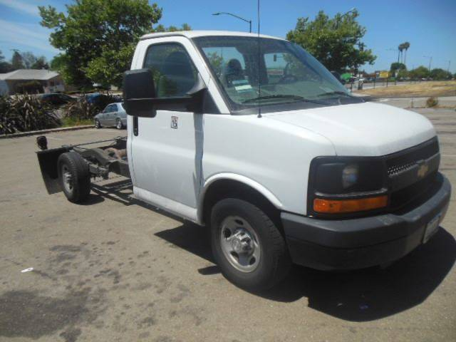 2014 chevrolet express cutaway single wheel cab chassis in for Royal motors san leandro
