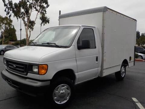 2005 Ford E-Series Chassis E-350 SD for sale at Royal Motor in San Leandro CA