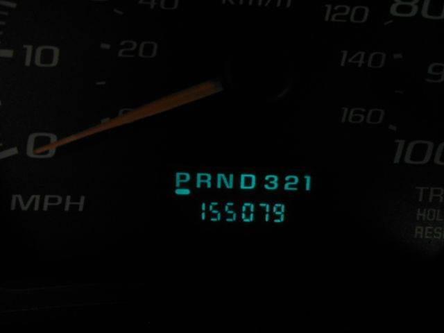 2003 Chevrolet Express 3500 11.5ft Box Van W/Lift - San Leandro CA