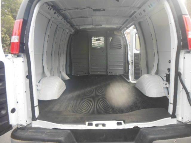 2015 GMC Savana Cargo 2500 3dr Cargo Van w/1WT - San Leandro CA
