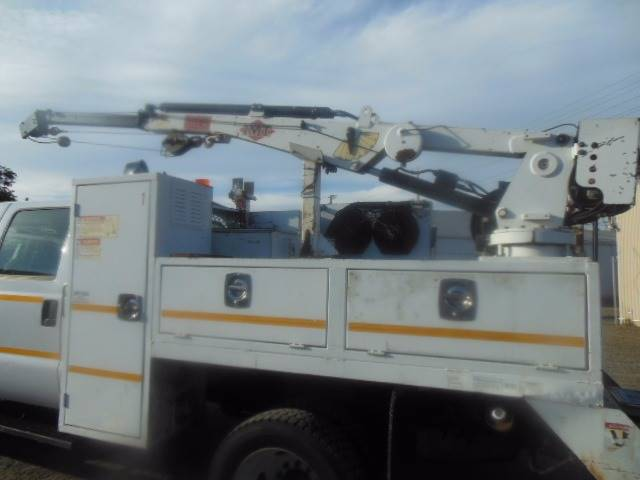 2006 Ford F-550 Crew Cab Utility Crane - San Leandro CA