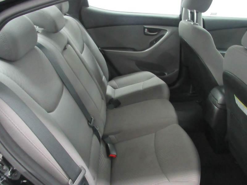 2015 Hyundai Elantra SE 4dr Sedan - Fairfield OH