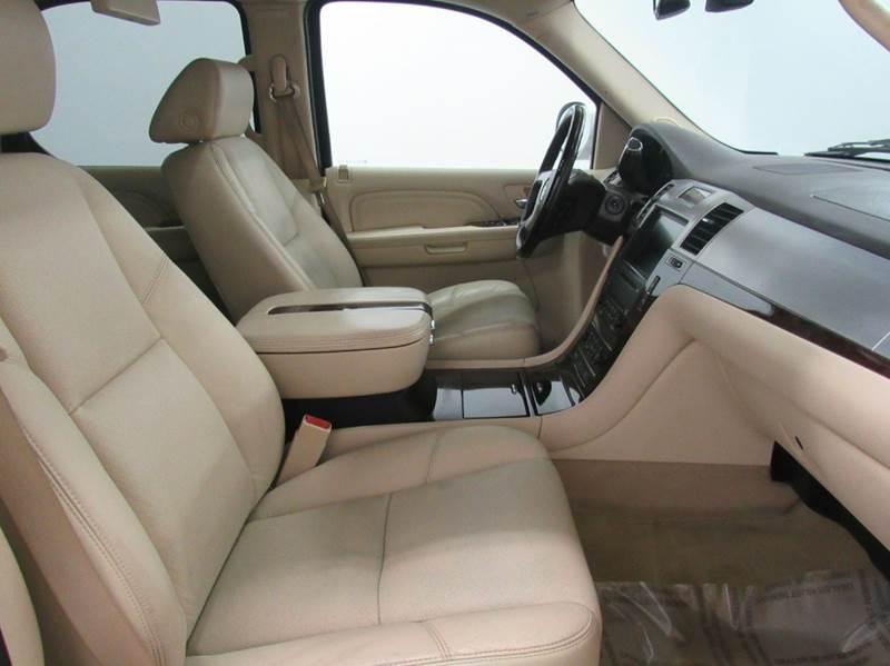 2008 Cadillac Escalade AWD 4dr SUV - Fairfield OH