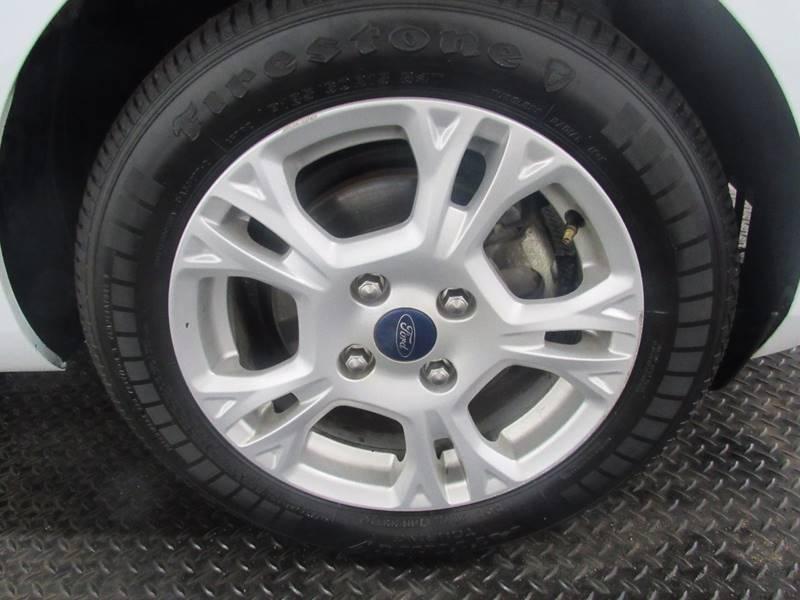 2015 Ford Fiesta SE 4dr Hatchback - Fairfield OH