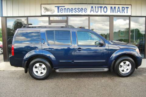 2006 Nissan Pathfinder LE for sale at Tennessee Auto Mart Columbia in Columbia TN
