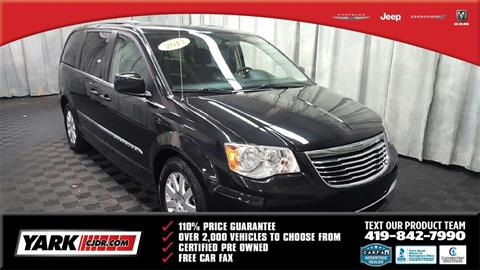 2013 Chrysler Town and Country for sale in Toledo, OH