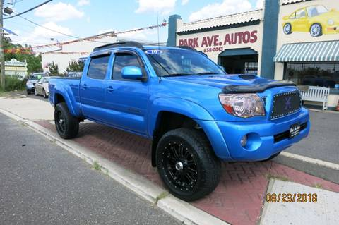 2010 Toyota Tacoma for sale at PARK AVENUE AUTOS in Collingswood NJ