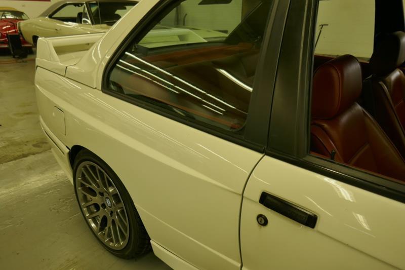 1988 BMW M3 18