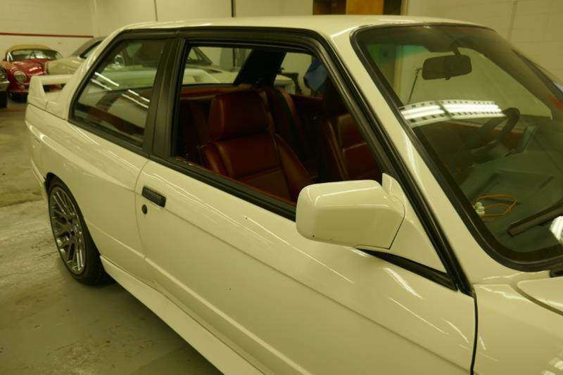1988 BMW M3 17