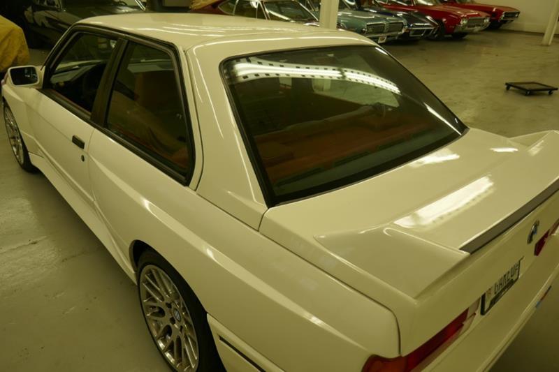 1988 BMW M3 23