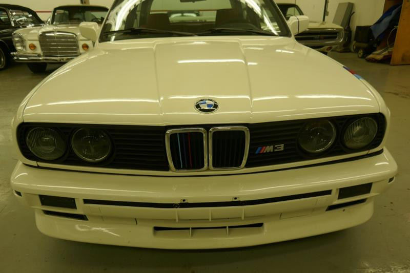 1988 BMW M3 13