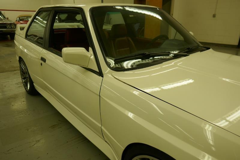 1988 BMW M3 16