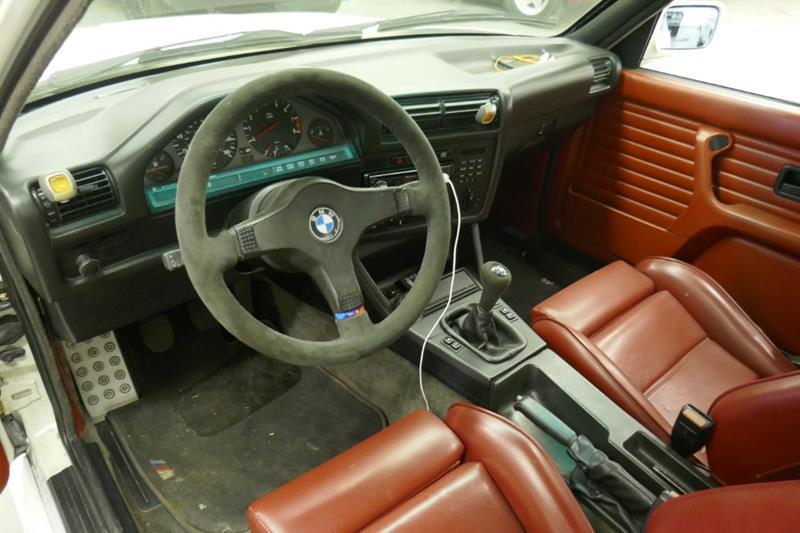 1988 BMW M3 29
