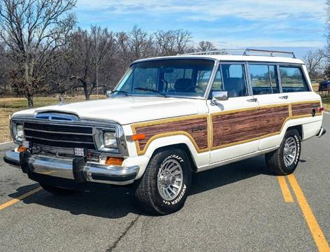 1988 Jeep Grand Wagoneer for sale in Mundelein, IL