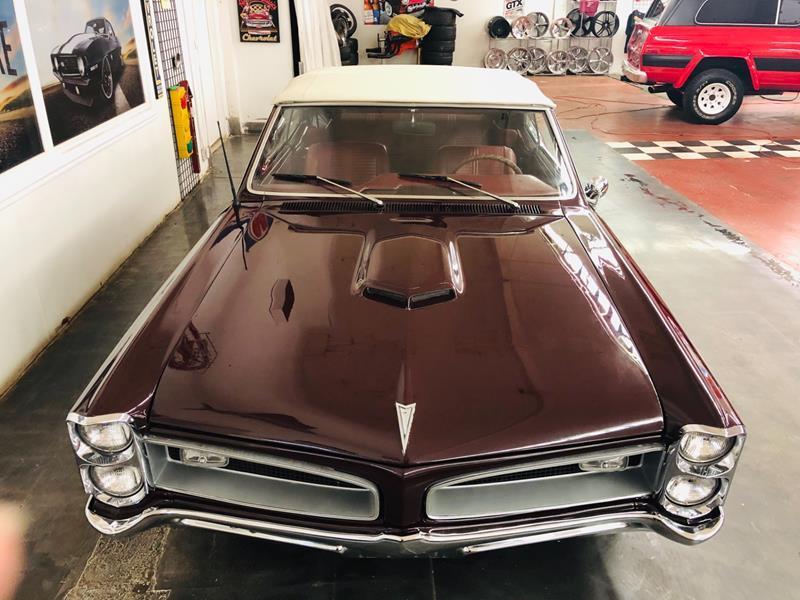 1966 Pontiac GTO 10
